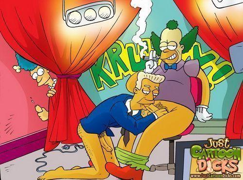 Cartoon gay dos Simpsons (6)